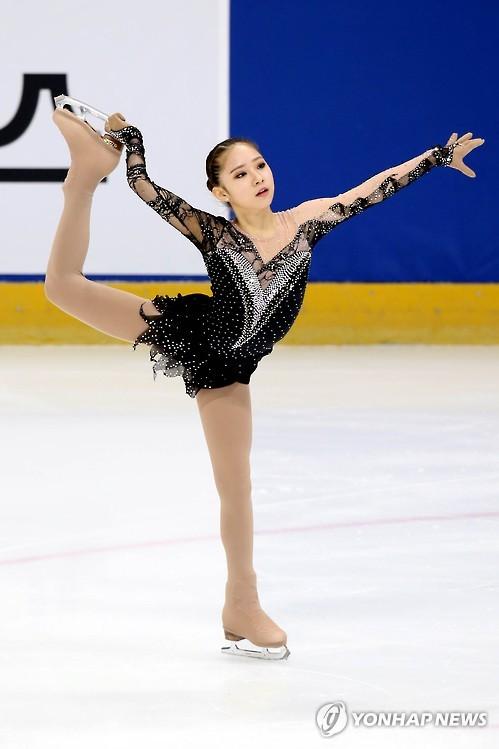11岁小萝莉夺韩国花滑冠军破纪录 获赞金妍儿接班人图片
