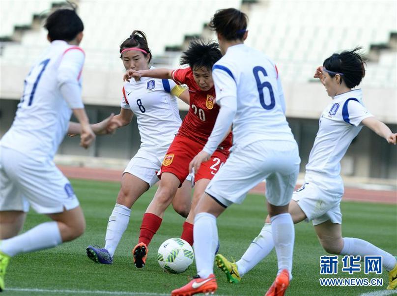 (體育)(7)足球——女足奧預賽:中國勝韓國