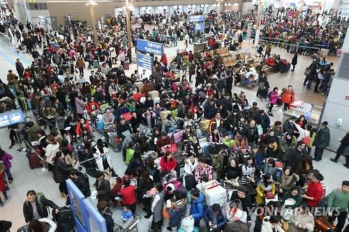 """韓媒:國慶假期訪韓中國遊客預計達25萬 仁川機場""""嚴陣以待"""""""
