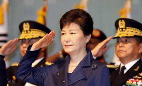 韓慶祝建軍67周年 總統樸槿惠出席