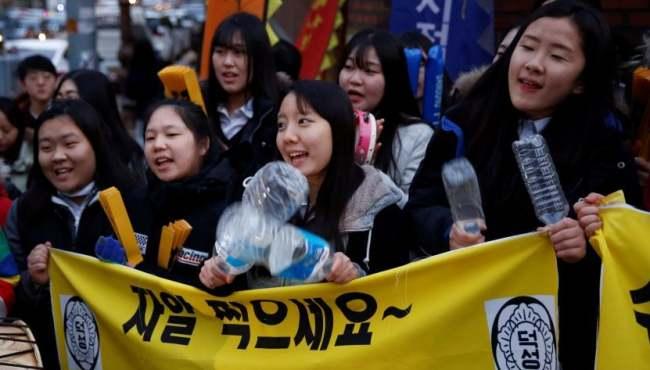 韓國高考拉開帷幕
