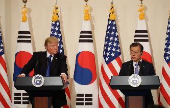 韓美首腦重申和平解決朝核問題原則