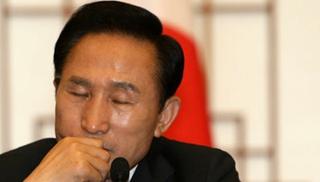 李明博接受檢方14小時訊問 他與樸槿惠會成獄友嗎?