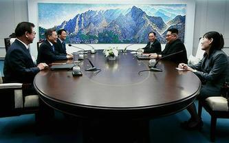 韓朝首腦在板門店舉行會晤