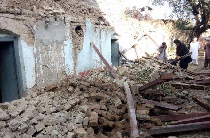 파키스탄 지진여파로 220명 사망