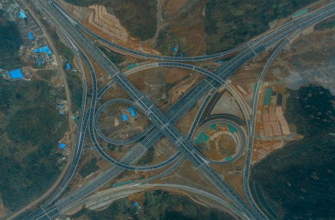 구이저우 고속도로 현마다 개통