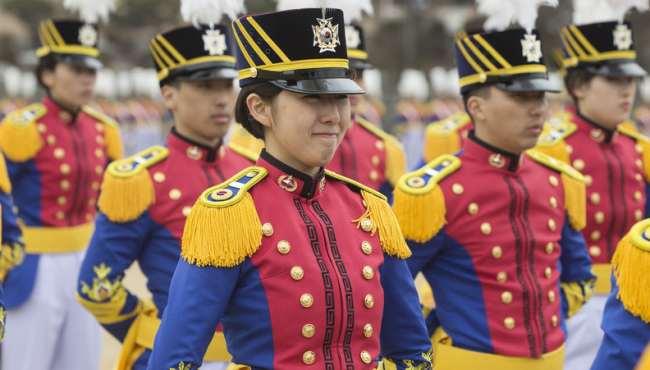 韓國陸軍士官學校入學儀式 女學員英姿颯爽顏值高