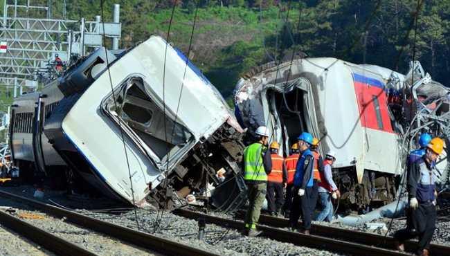 韓麗水發生列車脫軌事故