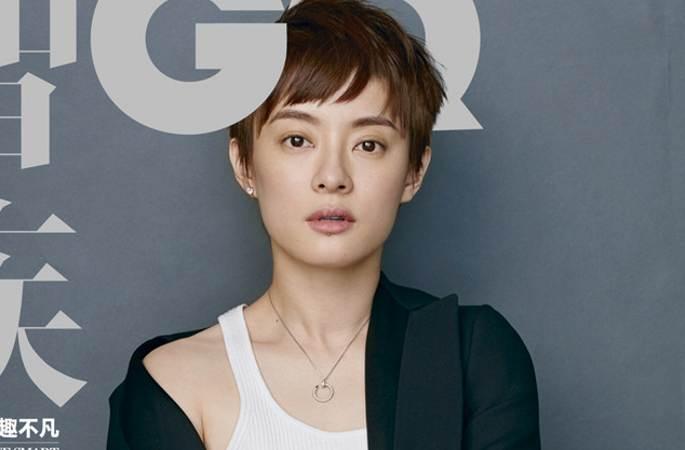 순리(孫儷) 멋있는 포즈로 'GQ'잡지에 올라, 슈트스타일 카리스마 발산