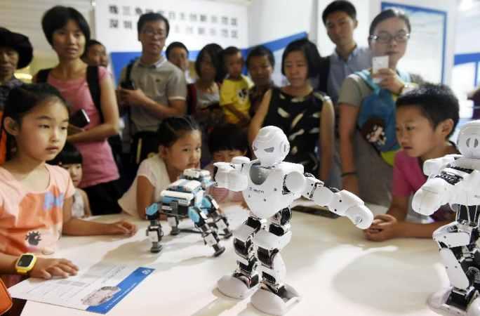 중국 '12.5' 과학기술혁신성과전서 중대-하이테크 과학기술 성과 주목 끌어