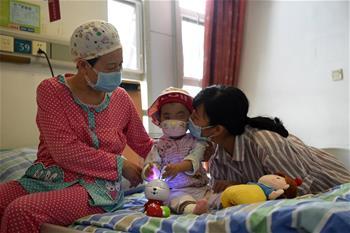 중국 최연소 재생 불량성 장애 어린이 이식 성공