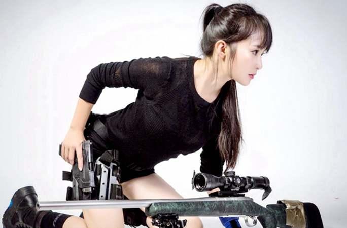 미국에서 사격 교관 된 백발백중 중국인 '미녀 저격수'
