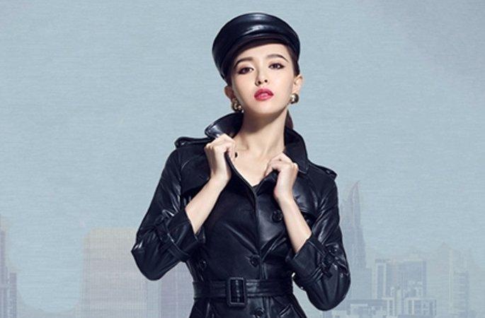 탕옌(唐嫣) 최신 화보 공개, 가죽 재킷과 냉염한 눈빛으로 여왕 카리스마 발산