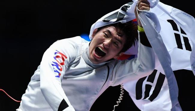 男子重劍韓選手奪冠