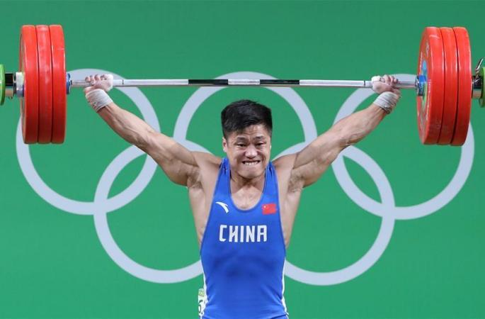 [리우올림픽] 남자 역도 77kg급, 뤼샤오쥔 인상 세계신기록 돌파