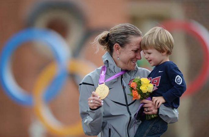 [리우올림픽] 암스트롱, 사이클 女 도로독주 3연패...챔피언이자 어머니이다