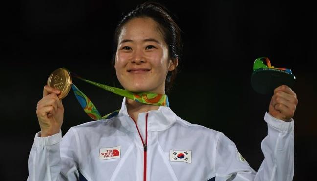 韓國選手奪跆拳道冠軍