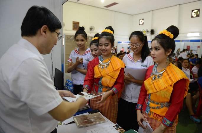 문화교류,중국·라오스친선의다리구축