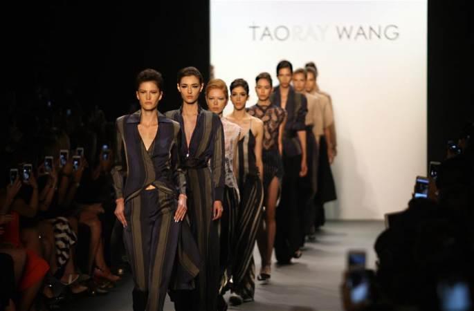 중국 디자이너 왕타오의 작품 뉴욕패션위크에 선보여