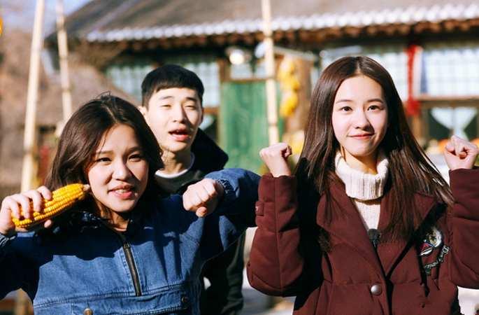 '향왕적생활', 청두링과 씨에이린의 힐링 캠핑