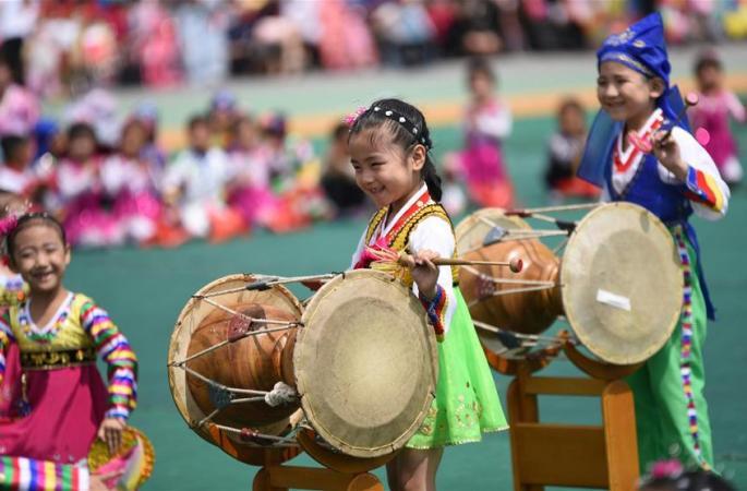 조선 '국제어린이 날' 경축 행사를 열어