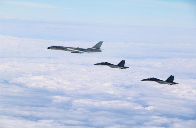 중국 공군 여러 기종 전투기 원양훈련 실시