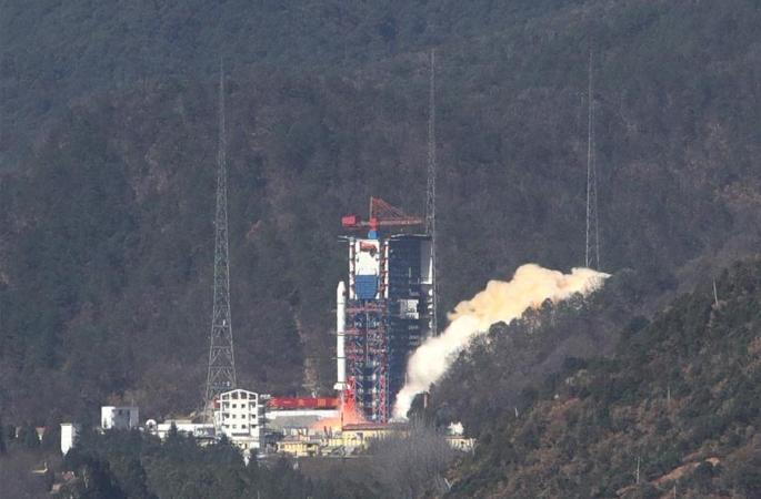 중국 야오간 30호 04조 위성 발사 성공…'웨이나-1A' 위성 탑재
