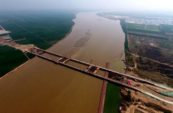 정지(鄭濟) 고속철도 정저우 황허특별대교 건설 공사가 전면적으로 개시