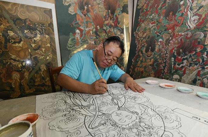 허베이 스자좡: 민간 화가, 장인 정신으로 벽화 예술 전승